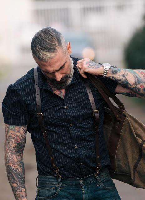 Männer die strapse tragen