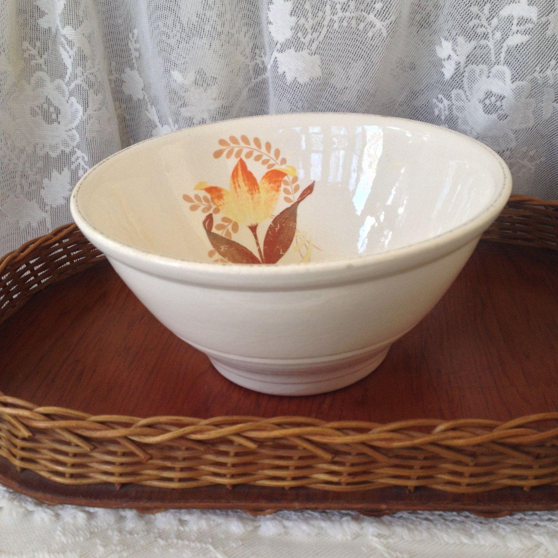 Bakerite Tulip Mixing Bowl, 1940S Harker Pottery Ringed Bowl, Ivory,