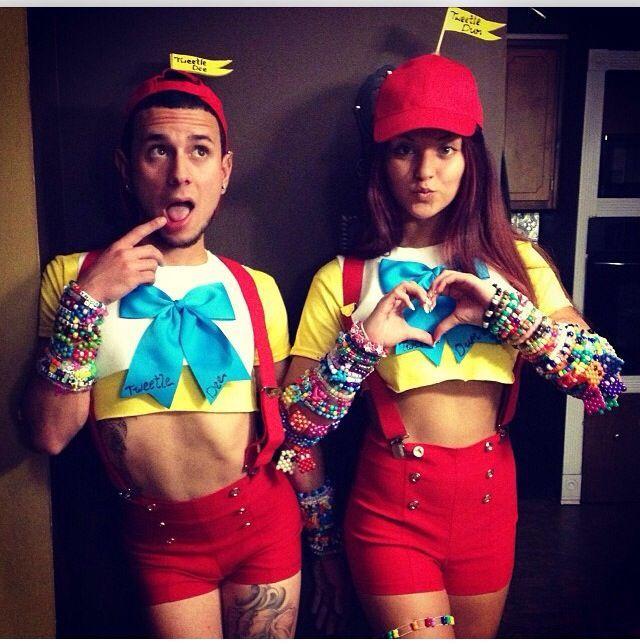 Alice in wonderland tweedle dee and tweedle dum costumes google tweedle dee and tweedle dumb costume solutioingenieria Gallery