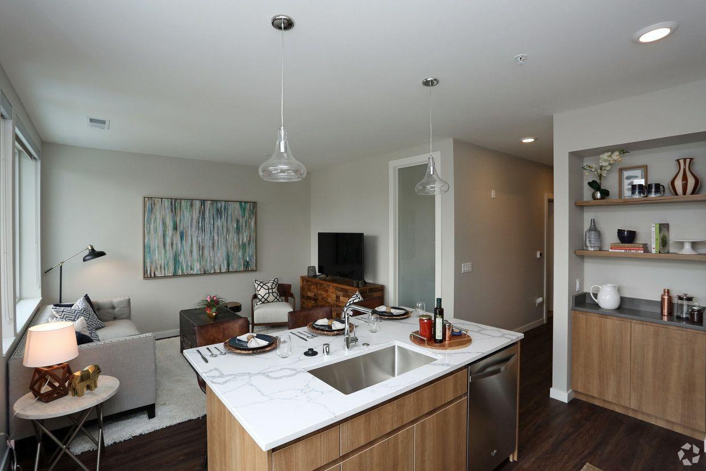 Domus Apartments Rentals Milwaukee Wi Apartments Com Rental Apartments Apartment Home