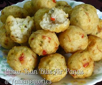Cucur Cekodok Ikan Bilis Air Panas With Images Food Recipes