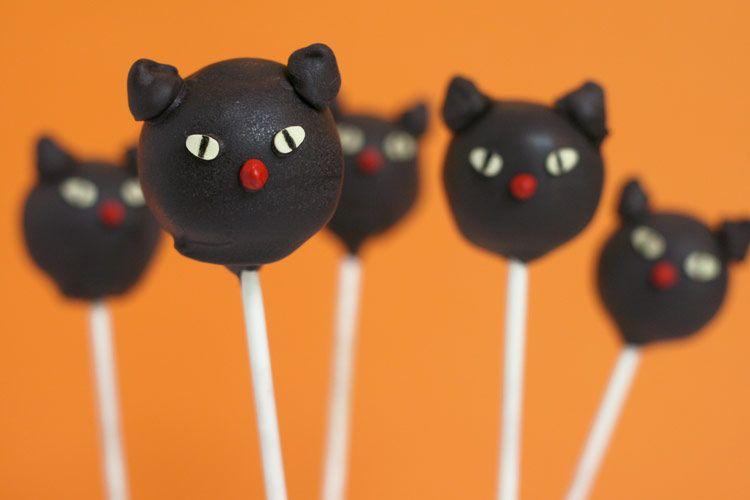 Boo Bites! 20 Halloween Cake Pops