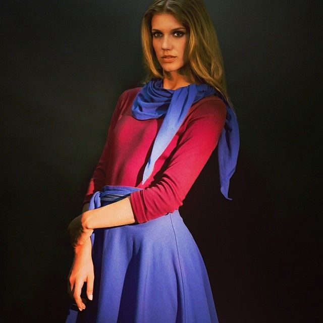 We #love the #blue and #darkred combination. #allorganic #fairfashion #austria #vienna #wien www.anzuglichshop.com
