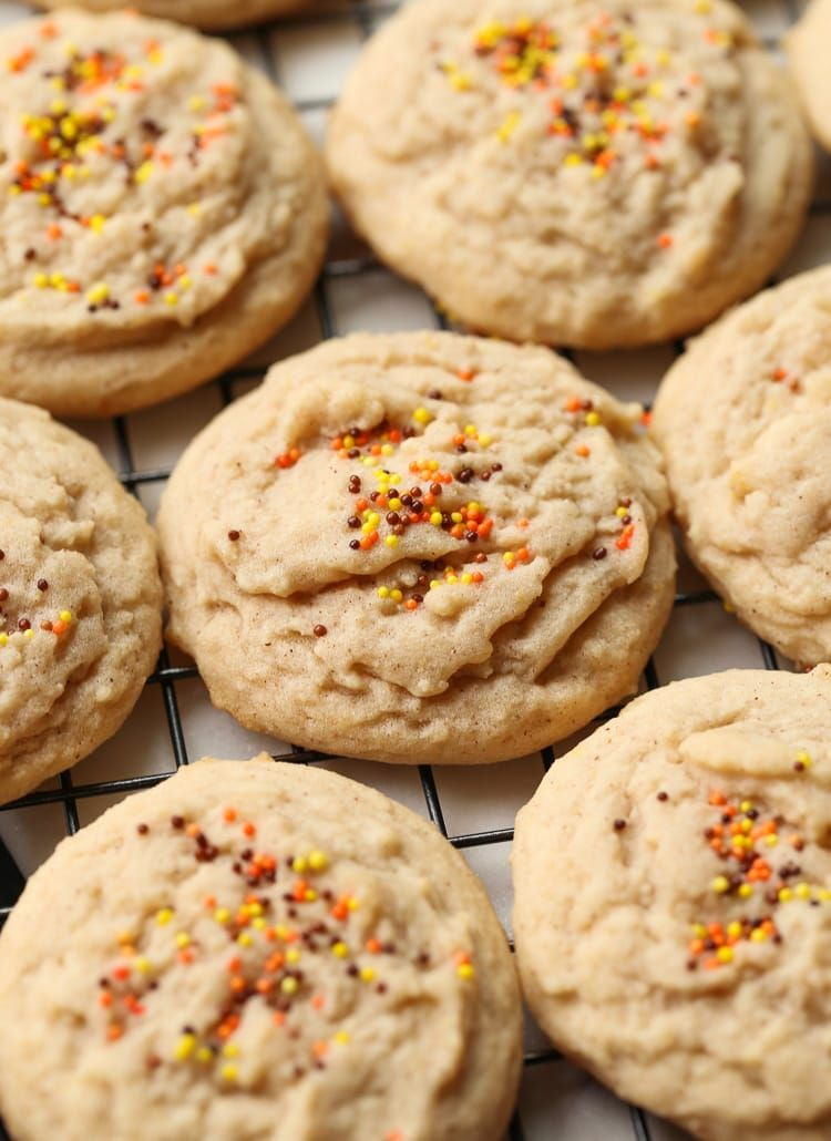 Soft Amish Cinnamon Brown Sugar Cookies Recipe #cinnamonsugarcookies