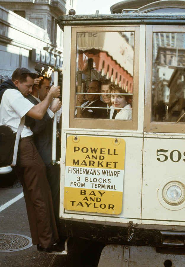 23 Spectacular Color Photos Of San Francisco In The 1960's....Ronald and Nancy Reagan..September 1966