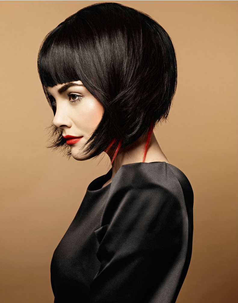 Red wisps of hair adds a wicked look to this dainty looking bob