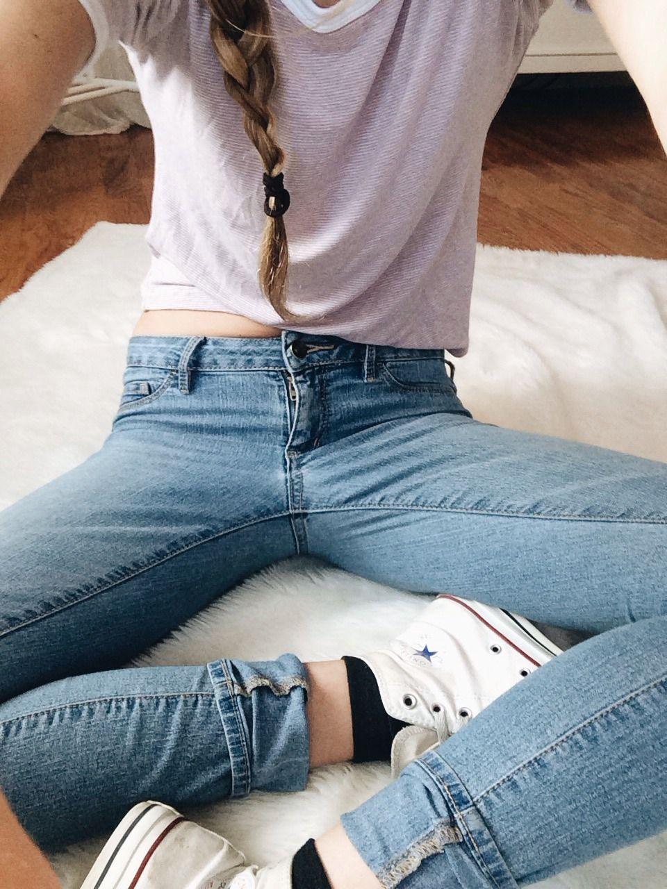 teens-sleeping-in-jeans-kari-sweets-nude-twitter
