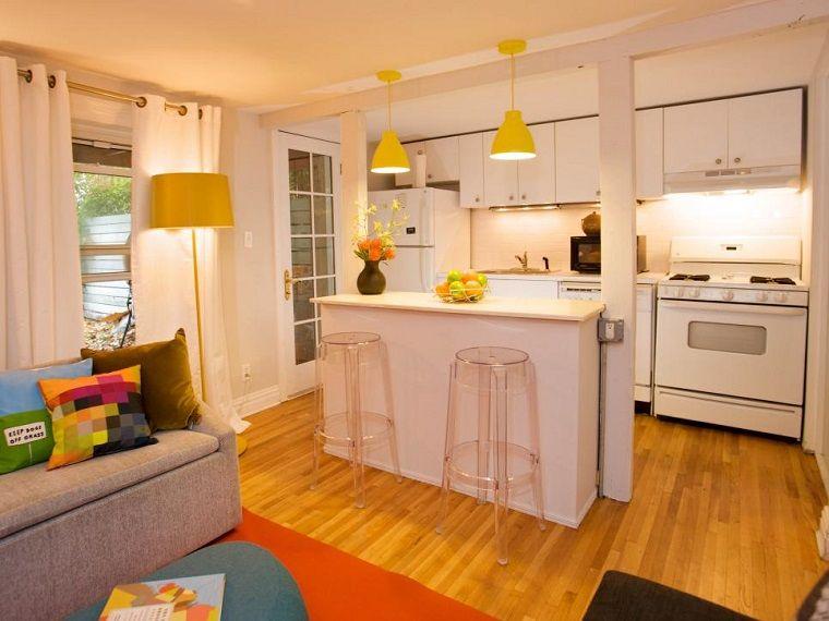 toques de amarillo en la cocina pequeña moderna | cocina | Pinterest ...