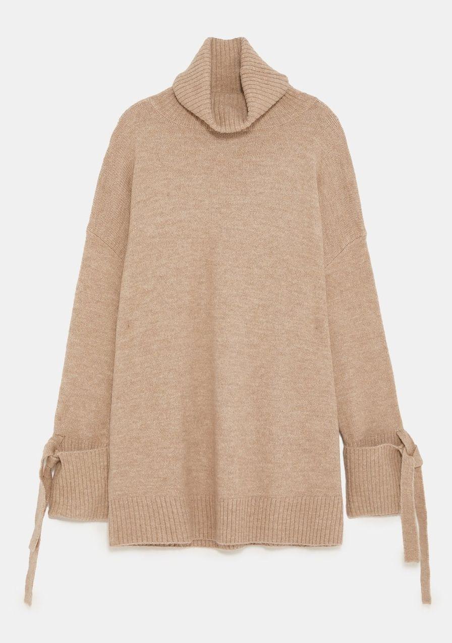 40a84c71f1df42 Jetzt shoppen  Weiter Pullover mit Schleifen-Details von Zara um ca. 40 Euro