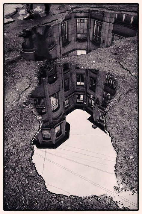 So schöne Bilder in der Reflexion. Schwarzweißfotografie hat wirklich … – Indispensable address of art