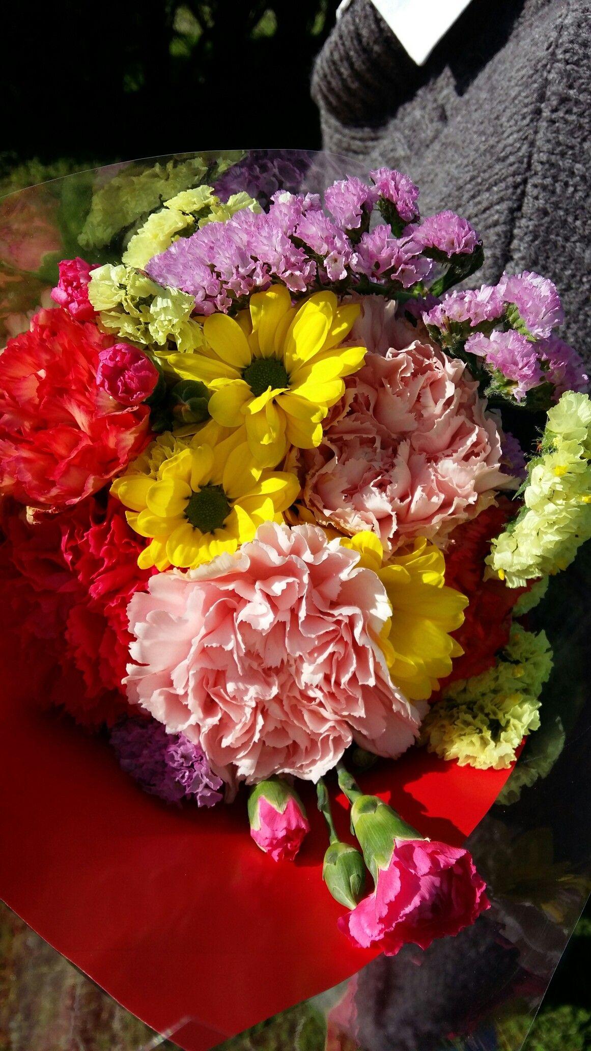 Un bonito ramo de flores. Ideas para regalar.