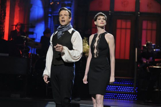 SNL: Anne Hathaway's Les Miserables inspired monologue