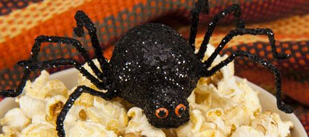 Looking for ideas for the kids for #Halloween? Check out this scary spider!