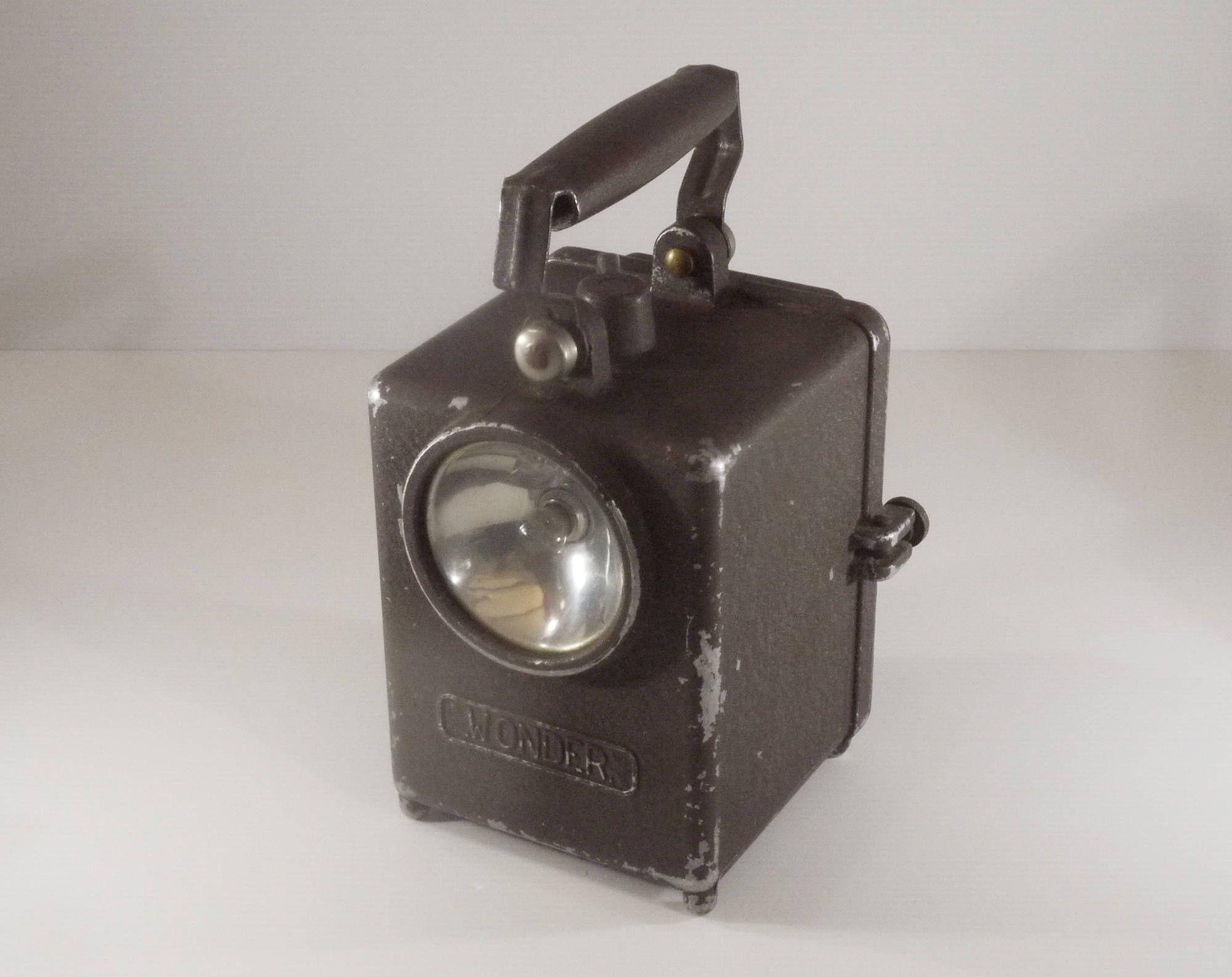 Vintage French Wonder Type Agral Industrial Railway Lamp Etsy Lampe De Poche Lanterne Lamp