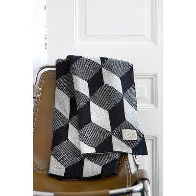 ferm Living - Knitted Blanket Decke, squares von ferm living, http://www.amazon.de/dp/B0042MYU1W/ref=cm_sw_r_pi_dp_R8bGrb0XNENHV