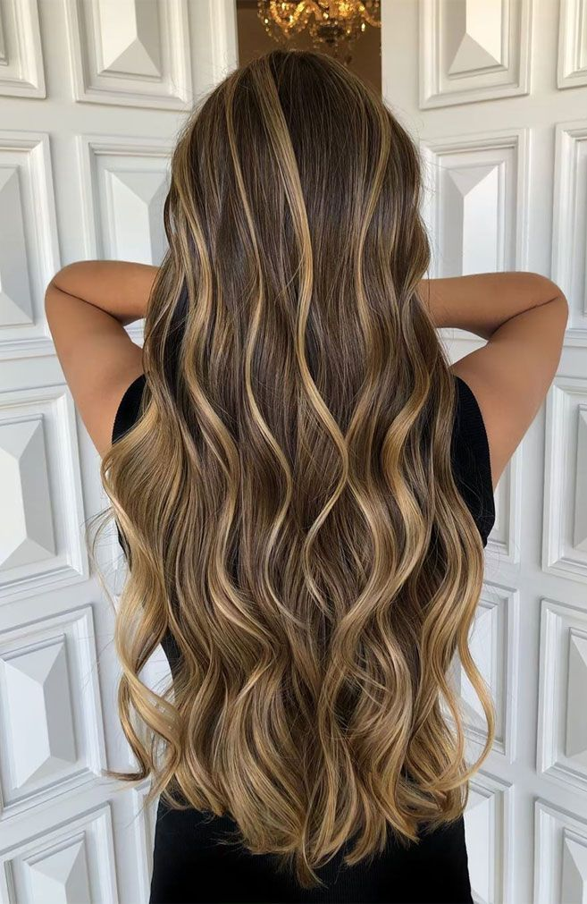 41 Gorgeous And The Best Hair Highlight Ideas That You Ll Want To Try Hair Highlights For Brown Hair Hair Hi Hair Styles Brown Hair Streaks Hair Highlights