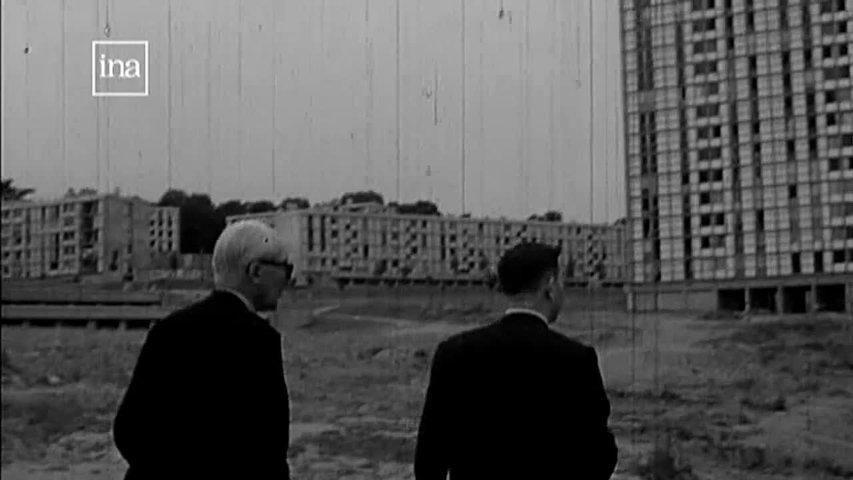 video - Le Corbusier et l'Unité d'habitation de Firminy http://culturebox.francetvinfo.fr/tendances/architecture/loeuvre-de-le-corbusier-a-la-mesure-du-corps-au-centre-pompidou-218147