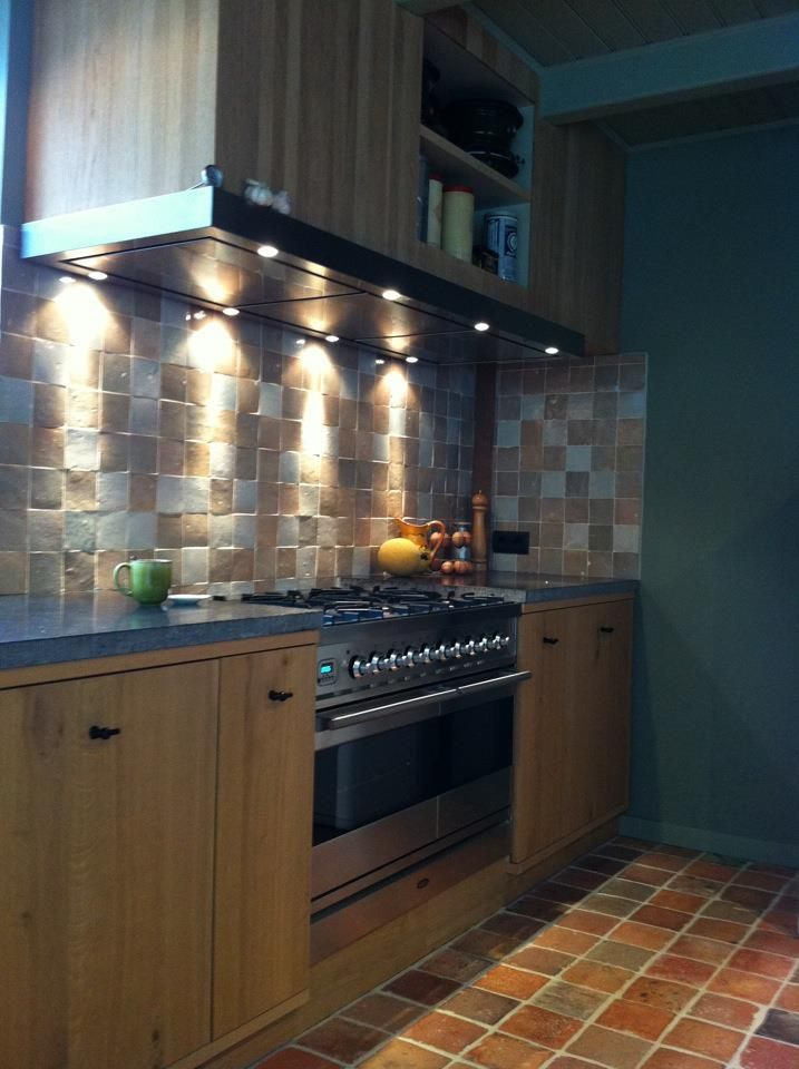 Oak Kitchen With Handformed Maroccan Tiles And Belgium