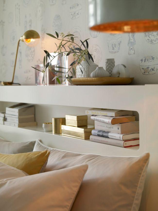 schlafzimmer skandinavisch gold weiß regale kopfteil tapete deko - tapeten schlafzimmer modern