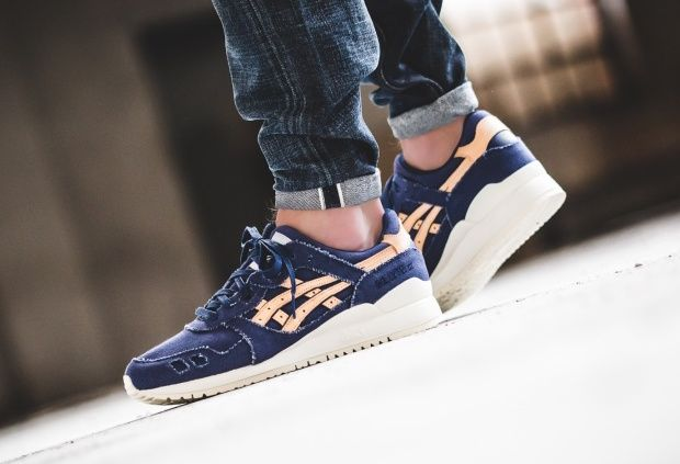 Get a good look at the two colorways that make up the Asics Gel Lyte 3 Raw Edge Pack.
