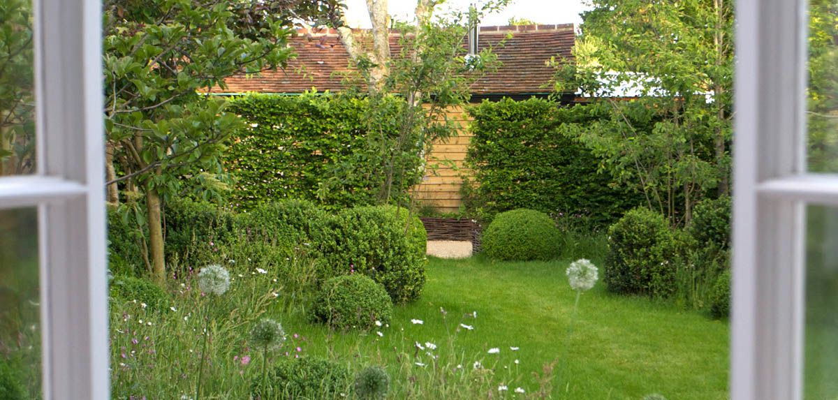 West Sussex - Jonathan Snow Jonathan Snow - Landscape and Garden Design