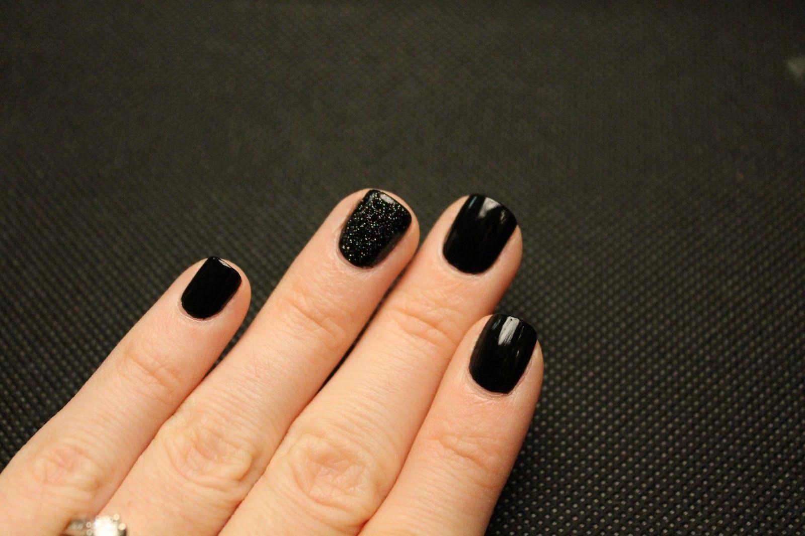 i love short, dark, square nails! | nails & toes | pinterest