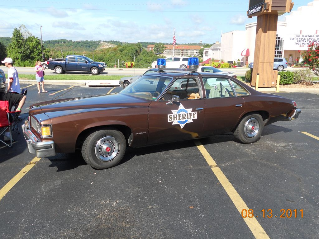Smokey and the bandit police car in branson missouri on the 76 strip