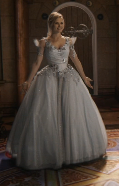 Emma Swan from Once Upon a Time, in a dream sequence, hence her ...