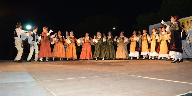 Απόψε στα Ψηλαλώνια Αιγίου το παραδοσιακό χορευτικό συναπάντημα από τη ΔΗ.Κ.ΕΠ.Α. και 6 τοπικούς συλλόγους