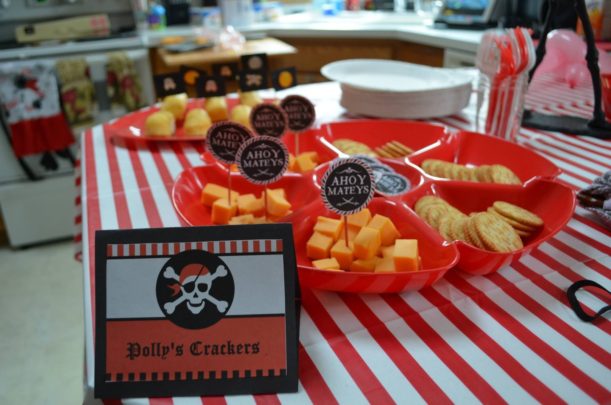 Polly's crackers for a pirate birthday party