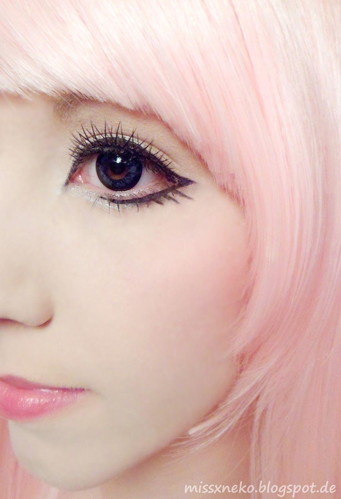 pastel goth makeup Lolita makeup, Anime eye makeup, Big