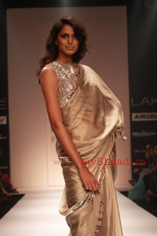 Blouse fashion pinterest indian bridal wear sari blouse and