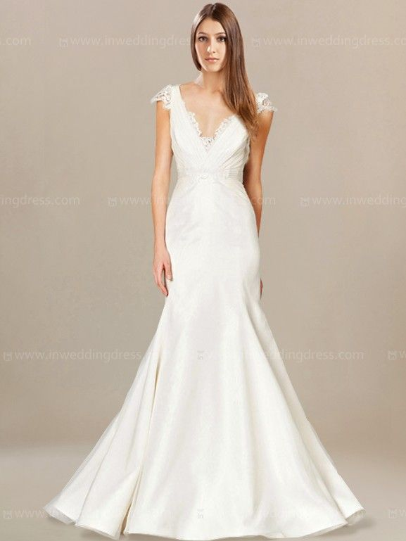 Fit-n-Flare Beach Wedding Dress with V-Neck BC458 | Kleider