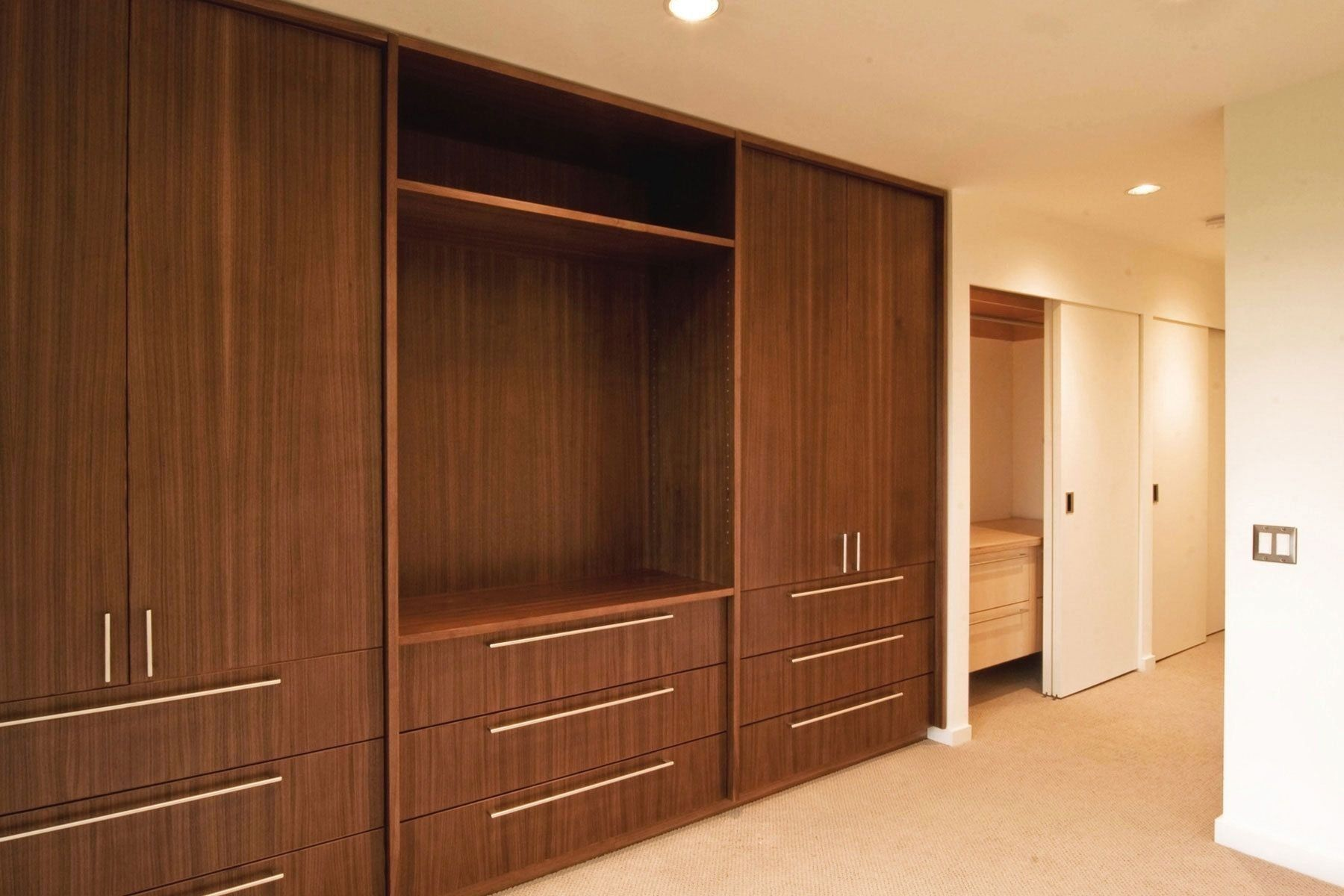 Wonderfull Wooden Wall Almirah Fullwallwoodenalmirah Woodenalmirahattachedwit In 2020 Cupboard Design Bedroom Cupboard Designs Wardrobe Wall