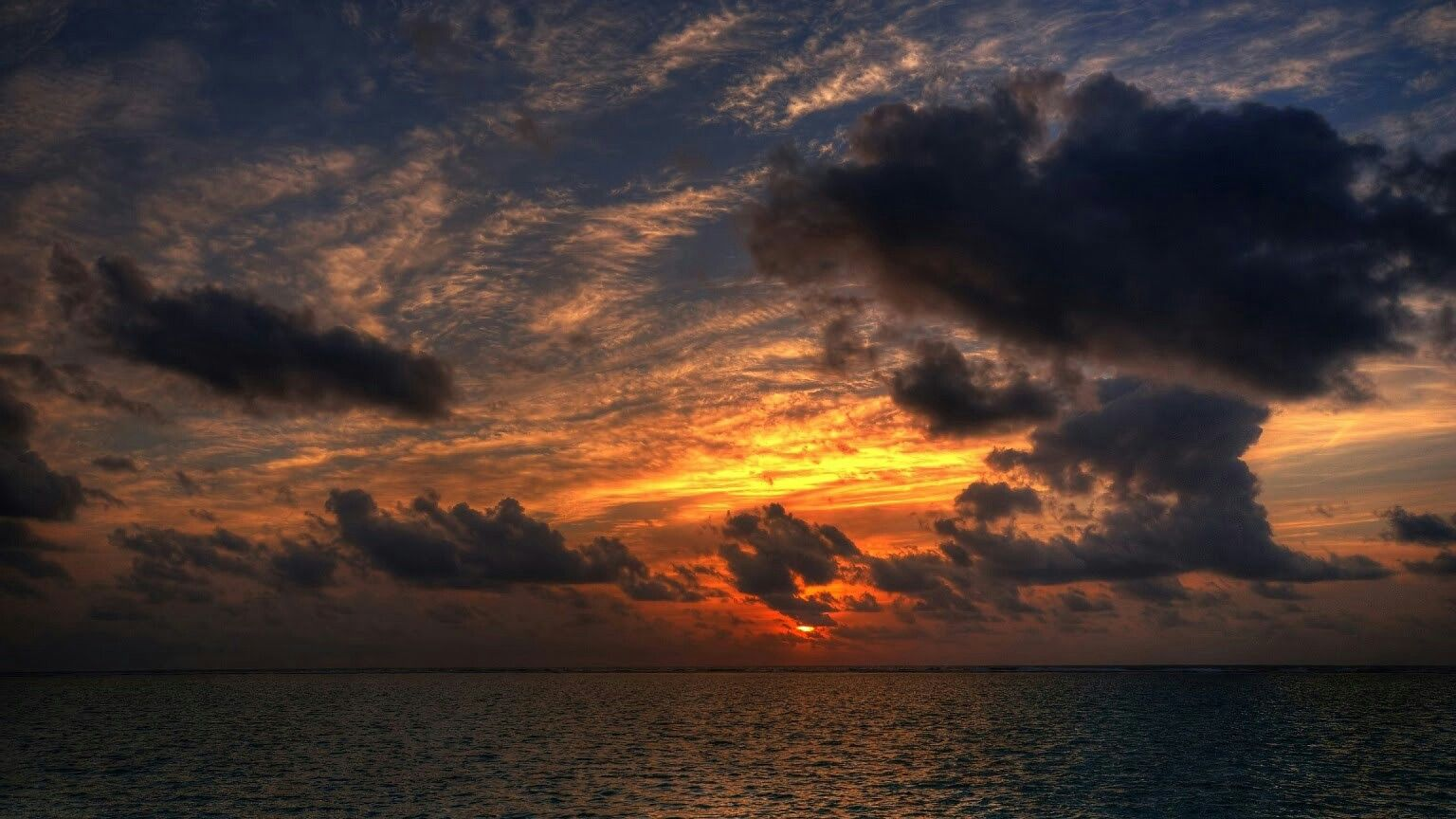Pin By Godsin Abyss On Ocean Hd Nature Wallpapers Clouds Scenery Background