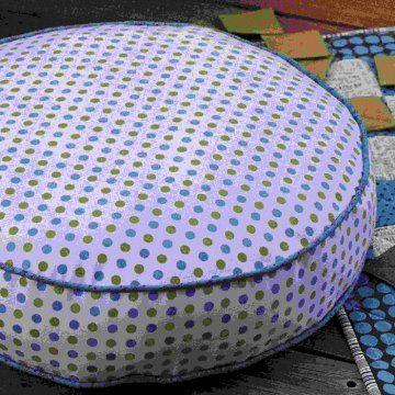 des coussins de sol ronds poufe et coussin coussin. Black Bedroom Furniture Sets. Home Design Ideas