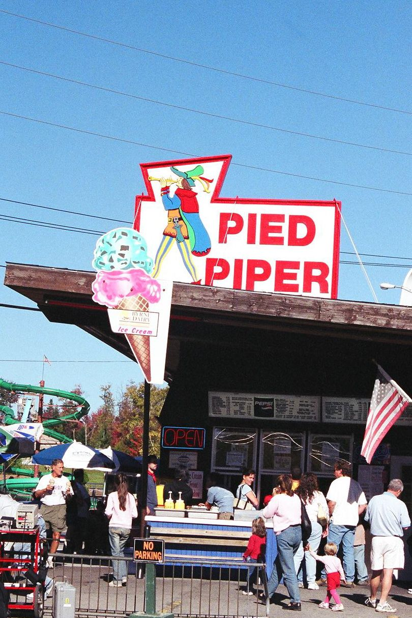 Pied Piper Ice Cream Stand Old Forge, NY | Foodie Treats ...
