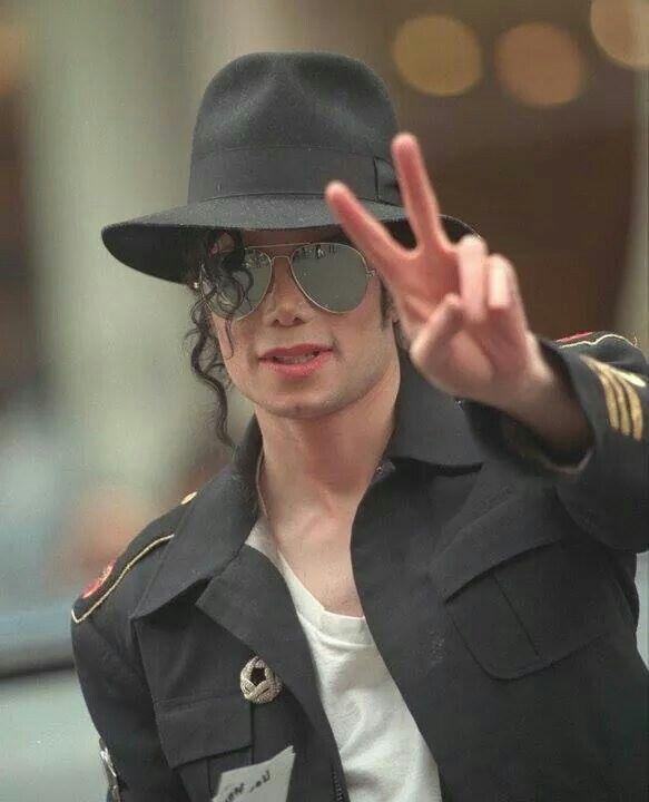 Pin De Ida Granados Em Singing With The Angels Michael Jackson