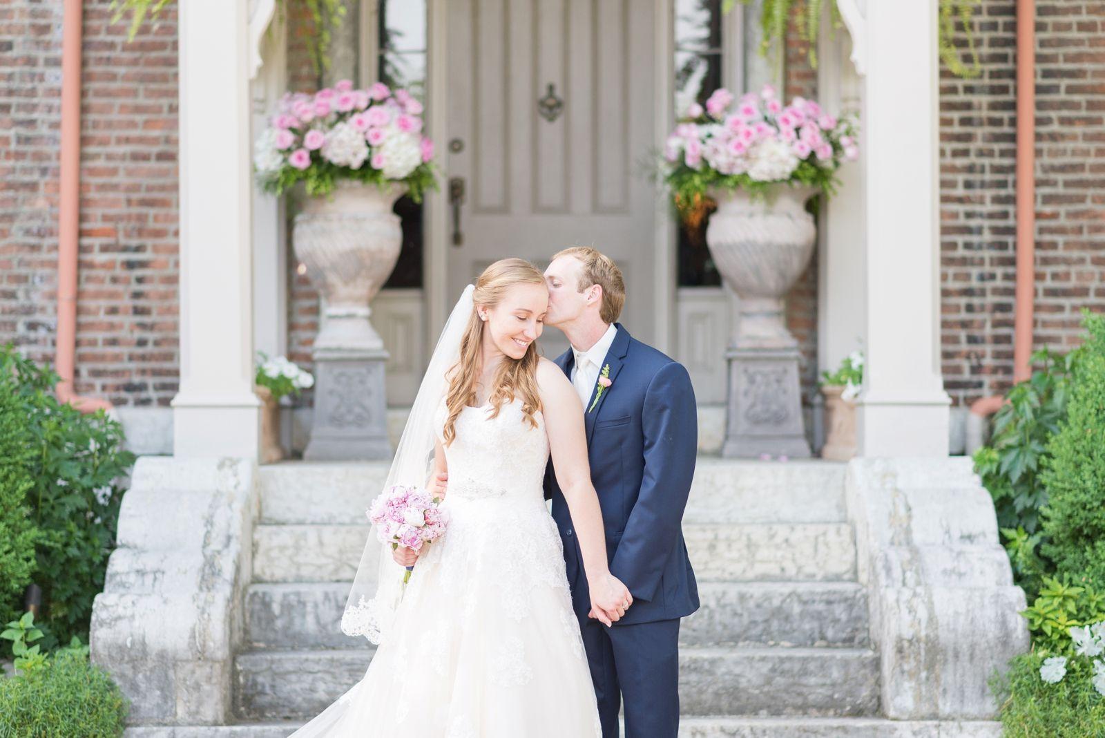 Wedding At Taylor Mansion In Columbus Ohio Matt Annie With Images Wedding Wedding Inspiration Mansion Wedding