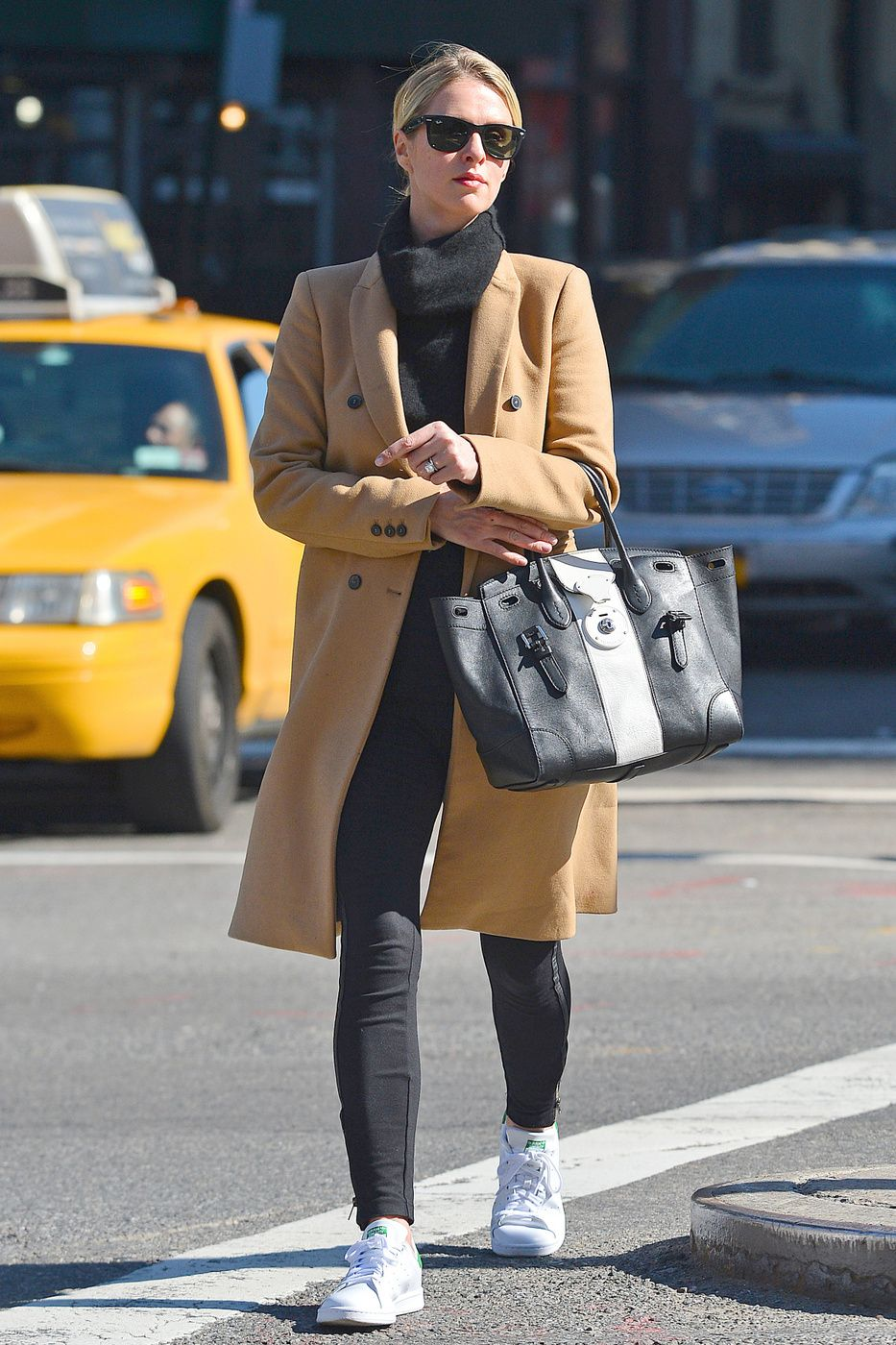 fdaf6839 Classic Cool: Nicky Hilton Rothschild's Camel Coat and White ...