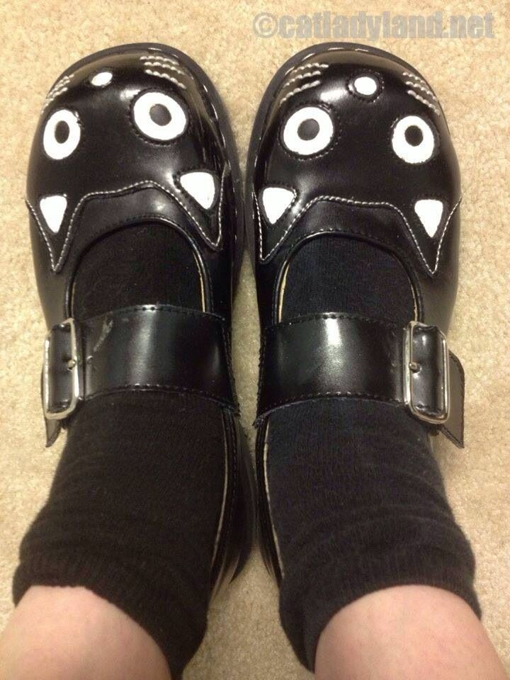 a89a0c6f Adult Doc Martin type cat shoes | Wizard of Odd | Shoes, Cat shoes ...
