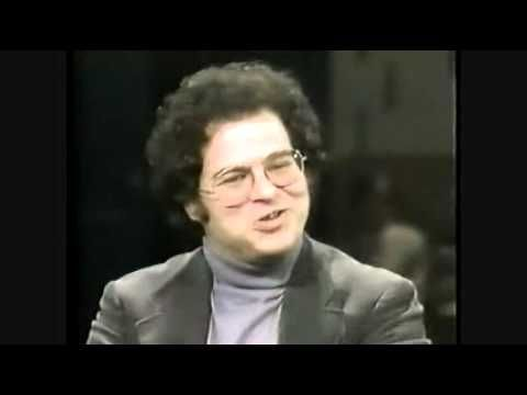 ITZHAK PERLMAN MASTER CLASS IN 1982 HIGH END NEW ! - YouTube.   I loveeeee this video so much. I've watched it tons of times.