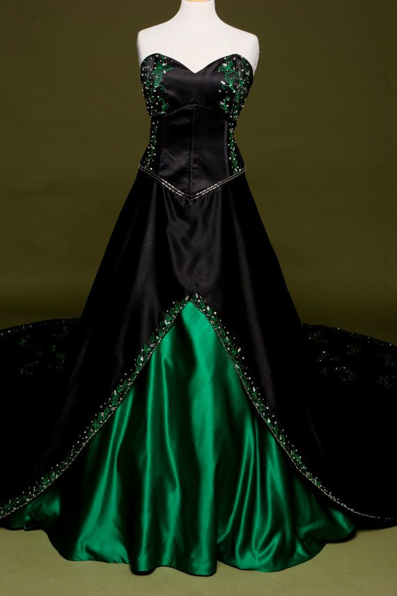 Black Wedding Dress With Green Embroidery Custom Made In Your Size Poison Ivy Style Black Wedding Dresses Green Wedding Dresses Halloween Wedding Dresses