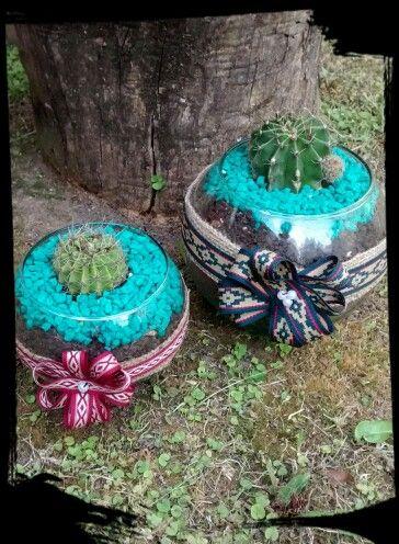 Frascos decorados con cactus y mas...