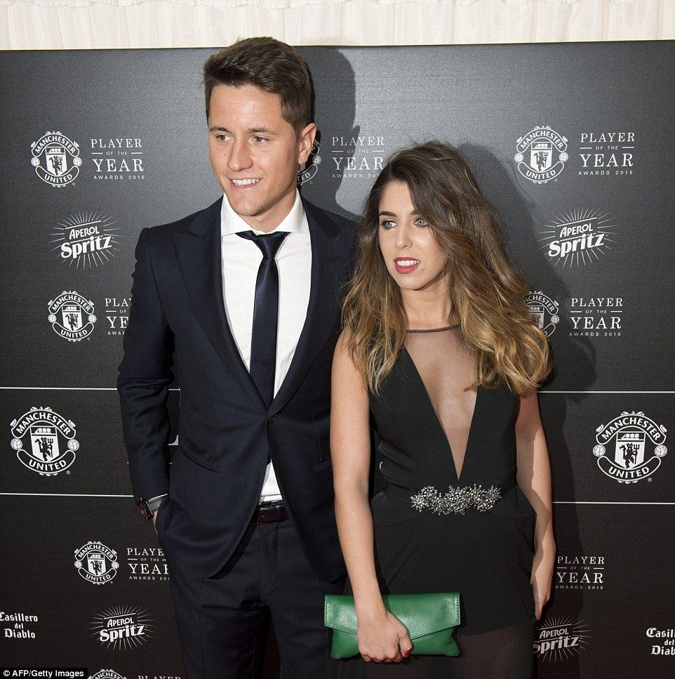 Manchester United Arrive At Player Of The Year Awards With