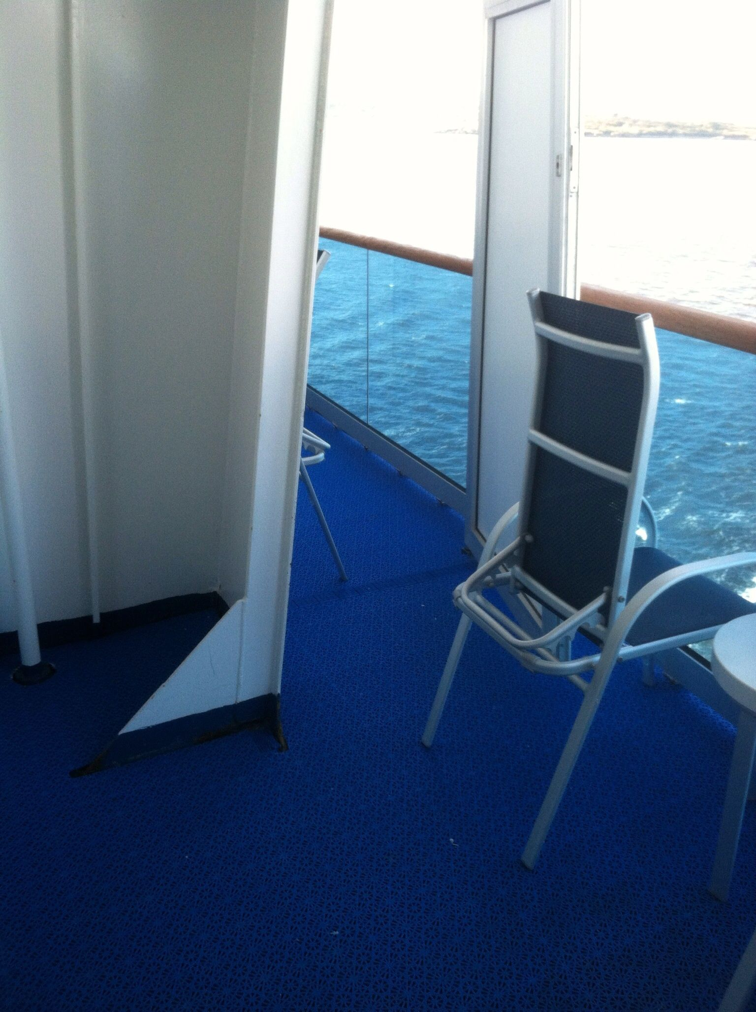 Stateroom B752 Caribbean Princess small obstruction Not