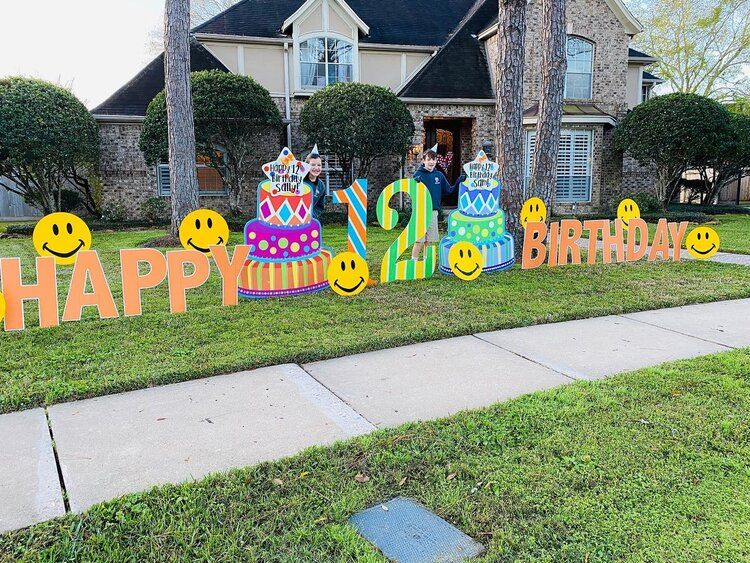 One Sign Day Birthday Signs Houston Texas One Sign Day New Baby And Birthday Sign Rentals Hous In 2020 Birthday Yard Signs Happy Birthday Yard Signs Birthday Sign