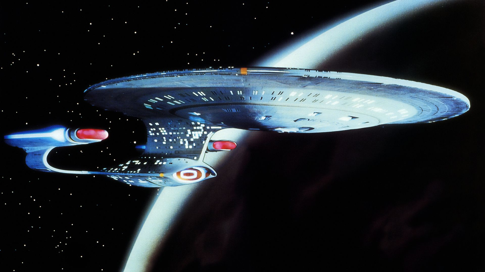 20 Space Wallpapers That Are Out of This World Star trek