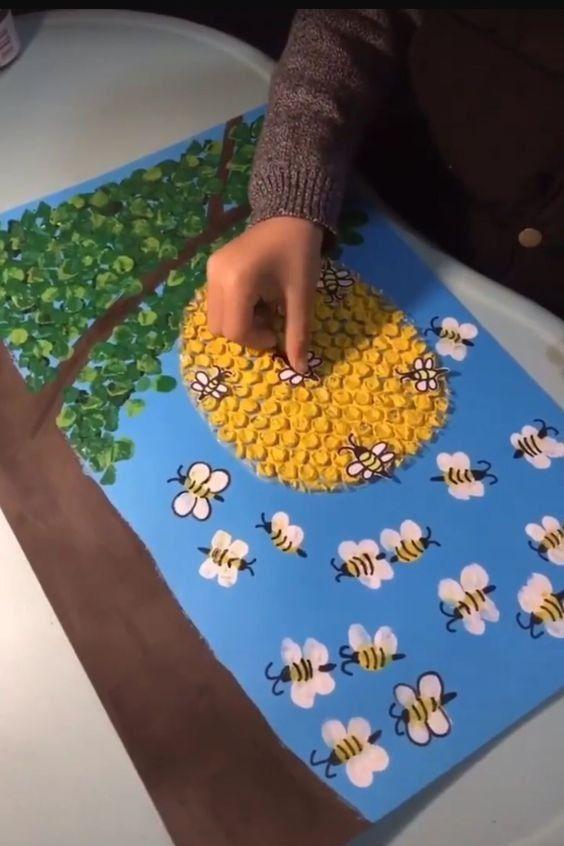 Wie man ein einfaches Kunstprojekt für Kinder macht