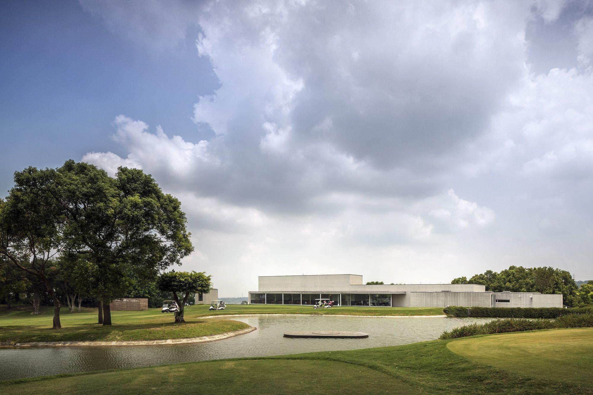 Alvaro Siza . Taifong Golf Club . Taichung